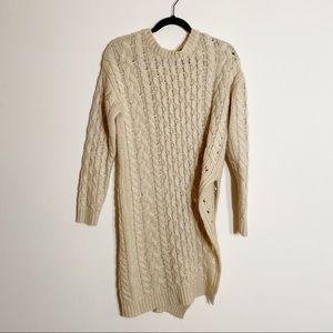 JOA Cable Knit Sweater Crew Neck